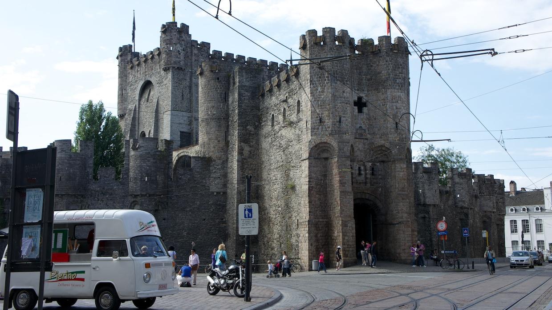 Замок в Генте входные ворота