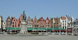 Памятник Яну Брейделю и Питеру де Конинку в Брюгге