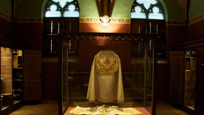 Одеяния епископов Брюгге