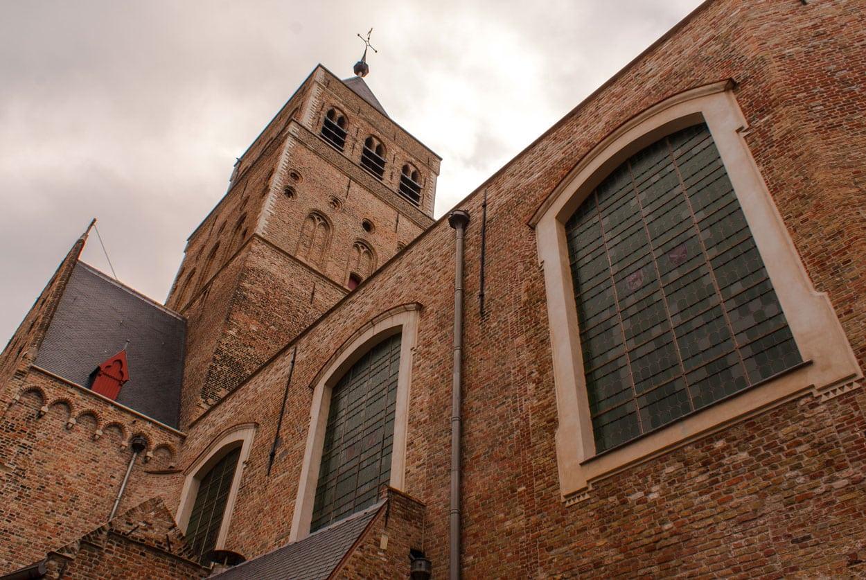 Брюгге церковь Святого Иакова