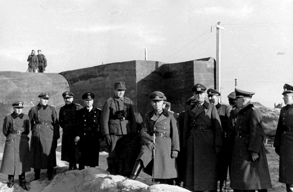 Генерал Роммель посещает Атлантический вал