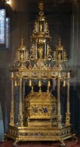 Ларец реликвии