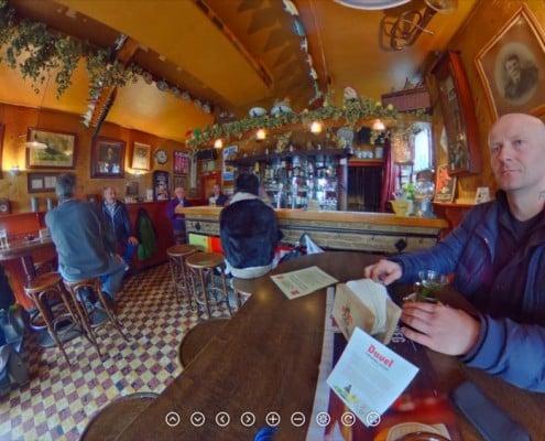 Брюгге кафе Почтовый голубь